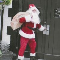 hire-a-santa-in-cardiff