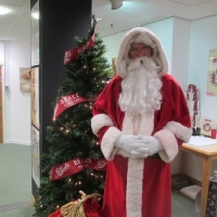 hire-father-christmas-for-a-department-store-london