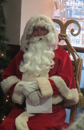 hire a Santa for breakfast & tea events in Essex