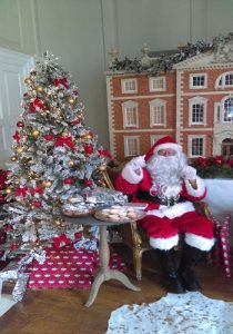 hire a Santa in Leicester for Christmas events